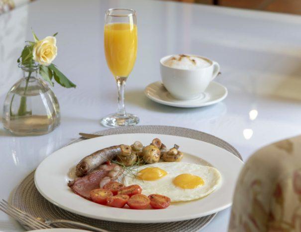 De Hoek Manor Breakfast
